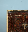 detail-cabinet-black-tibet-small-red