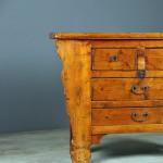 detail-cabinet-poplar