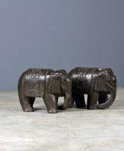 stone-elephant-black
