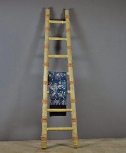 bamboo-ladder-annuzza