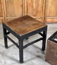 detail-black-stool-table